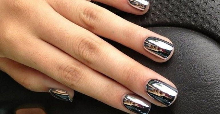 mirror nails